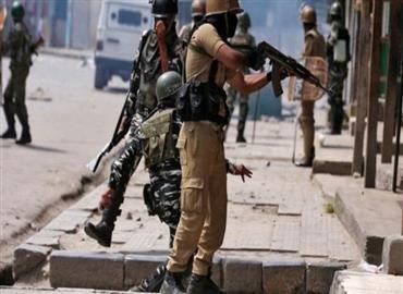 कश्मीर घाटी में लोगों के मन में डर क्यों बैठ रहा है