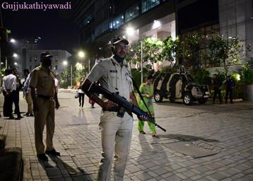 दिल्ली: ब्लास्ट के बाद इजरायली दूतावास के बाहर मिला लिफाफा, जांच में जुटी एजेंसियां